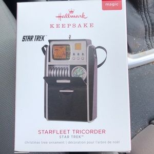 Star Trek Starfleet Tricorder Hallmark ornament